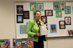 Presenting talk at Author Fair at Pontiac branch of Allen County Public Library in Spring 2013.