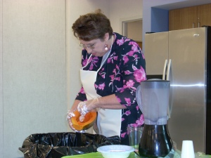 Cutting up a papaya at the demo.