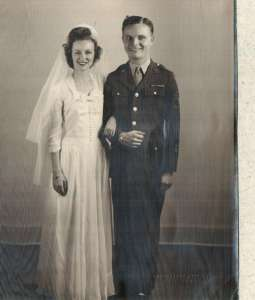 Ruth Licking married while in service.