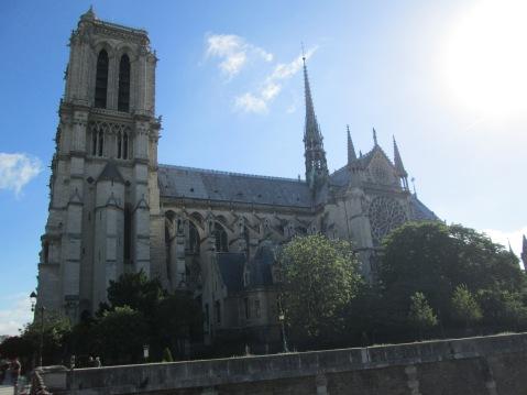 aParis-Notre Dame