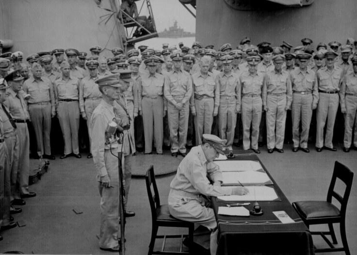 Jap surrender MacArthur Wainwright